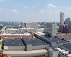 Panorama_of_downtown_Indianapolis_skyline__July_2016.jpg