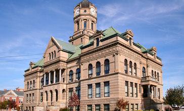 Wapakoneta-ohio-courthouse.jpg