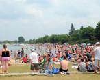 Traverse_City_Clinch_Park_Beach.jpg