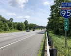 2019-06-03_11_07_38_View_north_along_Interstate_95_just_north_of_Exit_33_in_Laurel__Prince_George_s_County__Maryland.jpg