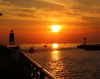 Lake_Michigan_Sunset_in_Charlevoix__Michigan.JPG