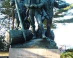 Lumbermans_Monument_Statue.JPG