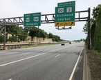2019-05-22_12_08_01_View_east_along_Interstate_595_and_U.S._Route_50__John_Hanson_Highway__at_Exit_13__U.S._Route_301__Maryland_State_Route_3__Richmond__Crofton__in_Bowie__Prince_George_s_County__Maryland.jpg