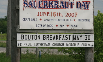 Bouton_Iowa_20090607_Sign.JPG