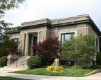 Petoskey_Michigan_Public_Library.jpg