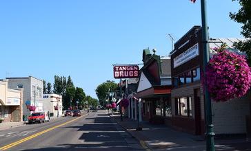 Downtown_St._Croix_Falls__Wisconsin.jpg