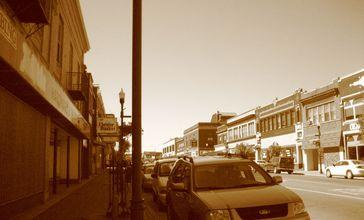 Street_in_Hibbing__MN.jpg