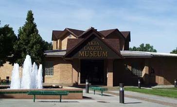 AktaLakotaMuseum.jpg