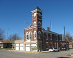 Municipal_building_in_Redkey.jpg