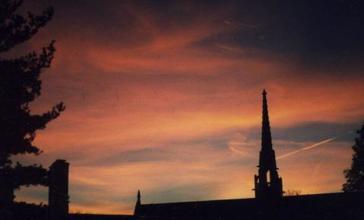 Bryn_Mawr_Sunset.jpg