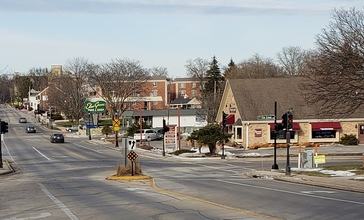 Downtown_Elm_Grove__Wisconsin.jpg