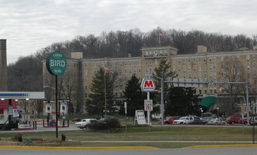 French_Lick_Resort_and_Larry_Bird_Boulevard__French_Lick__Indiana_01-13-2002.JPG