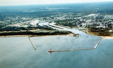 Manistique_Michigan_aerial_view.jpg