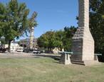 Fort_Madison_monument.jpg