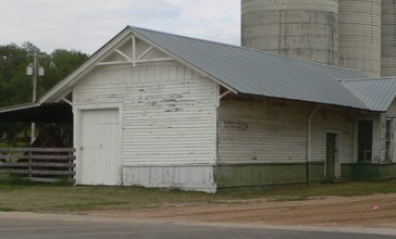 Sylvan_Grove__Kansas_UP_depot_from_SW_1.JPG