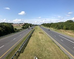 2019-08-17_16_44_21_View_north_along_U.S._Route_15__Catoctin_Mountain_Highway__from_the_overpass_for_Maryland_State_Route_140__Taneytown_Pike__in_Emmitsburg__Frederick_County__Maryland.jpg