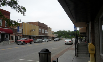 Downtown_Papillion__Nebraska.jpg