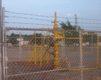 Natural_gas_well_in_Springhill__LA_IMG_1526.JPG
