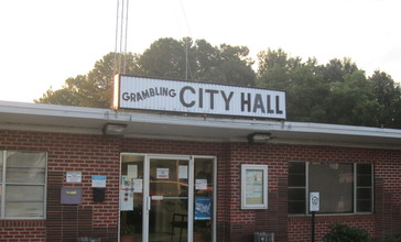 Grambling__LA__City_Hall_IMG_0085.JPG