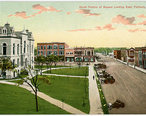 South_side_of_the_courthouse_square__early_1900_s..jpg
