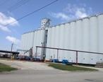 CO-OP_grain_elevator__Concordia__Kansas_.JPG