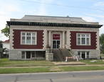 Coffeyville__KS_public_library_building_funded_by_Andrew_Carnegie.jpg