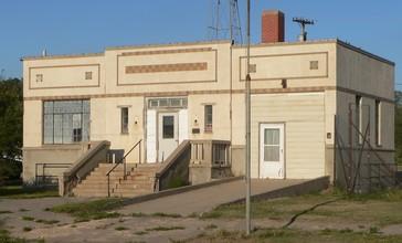 Norcatur__Kansas_1937_city_hall_from_SW_2.JPG