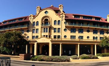 Hotel_Stockton_-_Stockton__CA__cropped_.JPG