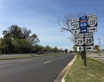 2016-10-26_13_03_36_View_west_along_U.S._Route_50_and_north_along_Virginia_State_Route_237__Fairfax_Boulevard__between_Pickett_Road_and_U.S._Route_29__Lee_Highway__in_Fairfax__Virginia.jpg