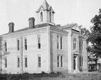 Courthouse_in_Winnfield__Louisiana__1904_.jpg