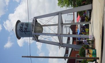 Grand_Prairie_May_2019_27__Market_Square_water_tower_.jpg