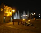 Tulsa_River_Parks_Fountains.jpg