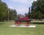 Peerless_Steam_Threshing_Engine_Pawnee_County_Courthouse_Oklahoma.JPG