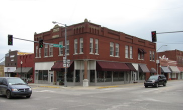 Kniseley_and_Long_Building__Checotah_Oklahoma.jpg