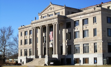 Kay_County_Oklahoma_Courthouse_by_Smallchief.jpg