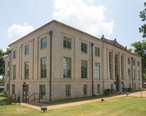 San_Augustine_County_Courthouse__1_of_1_.jpg