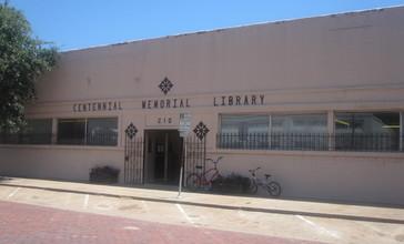 Centennial_Memorial_Library__Eastland__TX_IMG_6424.JPG