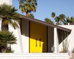 Mid-century_modern_house_in_Palm_Springs.jpg