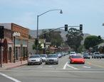 Crossing_in_San_Juan_Capistrano_California.jpg
