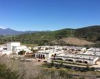 San_Juan_Hills_High_School_in_San_Juan_Capistrano__CA.jpg