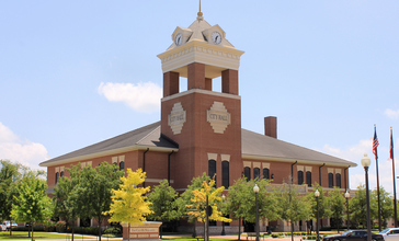 Navasota_Texas_City_Hall.jpg