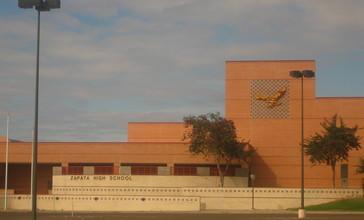 Zapata_High_School__Zapata__TX_IMG_2032.JPG