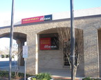 Wells_Fargo_Bank_in_Floresville__TX_IMG_2696.JPG