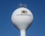 Floresville__TX__water_tower_IMG_2657.JPG