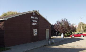 Arvilla_community_center_north_dakota_2006.jpg