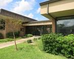 Hallettsville_TX_Library.jpg