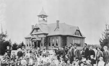 A_group_of_students_outside_of_Lankershim_School_in_San_Fernando_Valley__California__ca.1889__CHS-6646_.jpg