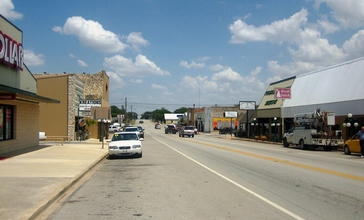 Another_look_at_downtown_Goldthwaite_IMG_0782.JPG