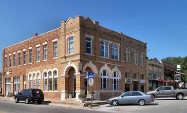 Pflugerville_historic_district_2012.jpg