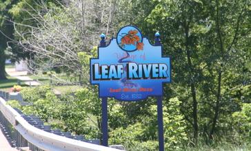 Leaf_River__IL_Sign_01.JPG
